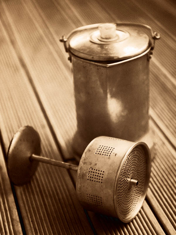 The classic coffee percolator - essentially unchanged for the last 120 years.(© All Rights Reserved)